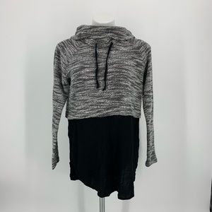 Vince Cumuto Pull On Black & Gray Sweater